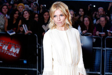 Look of the Day: Sienna Miller's Demure Glam